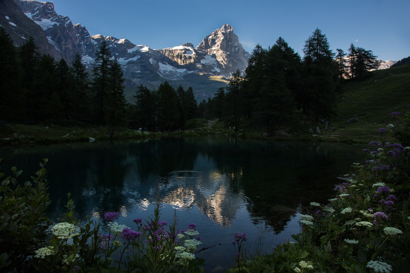 Cervino e Lago Blu (foto Enrico Romanzi)  X