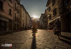 Nel giorno del solstizio d'inverno il sole sorge allineato al Cardo Massimo romano, l'attuale Via Croce di Città