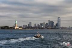 Vista della Statua della Libertà e dello skyline dallo Staten Island Ferry